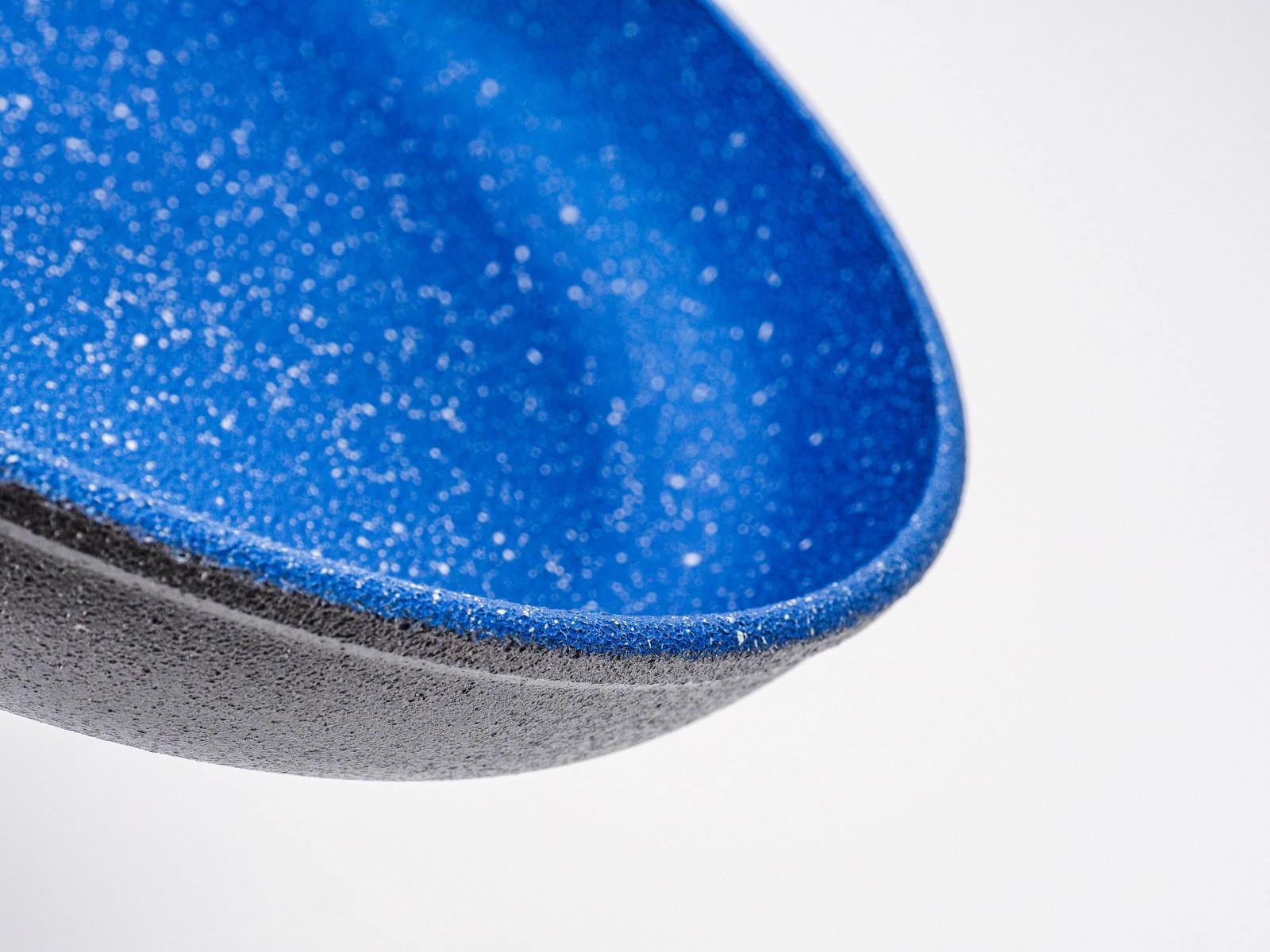 Кам'яне покриття сковороди Lessner Stone Line 88360 забезпечує підвищену міцність і захист від впливу високих температур